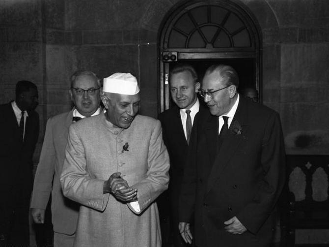 6. Jawaharlal Nehru was featured in Vogue