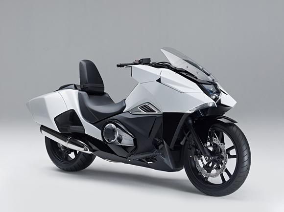 Honda's 'neo-futuristic', fully automatic bike is here!