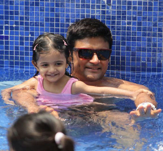 Manav Gohil with daughter Zahra