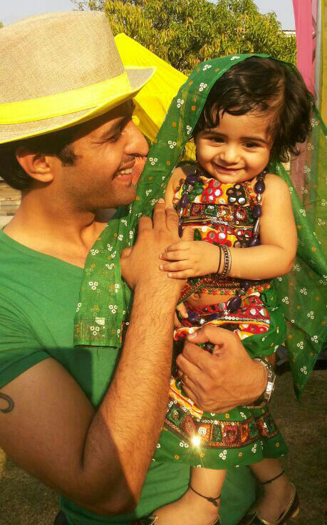 Sachin Shroff with Samaira
