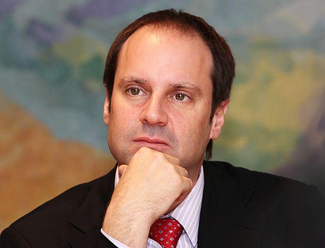 Jeffrey Skoll.