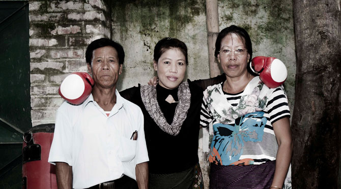 Mary Kom with her parents Mangte Tonpa Kom and Mangte Akham Kom in Meri Beti Meri Shakti