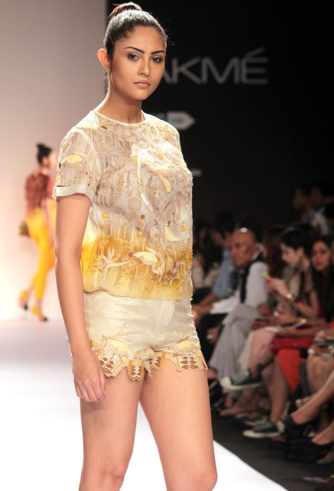 A model showcases a Vilvin Sabu creation