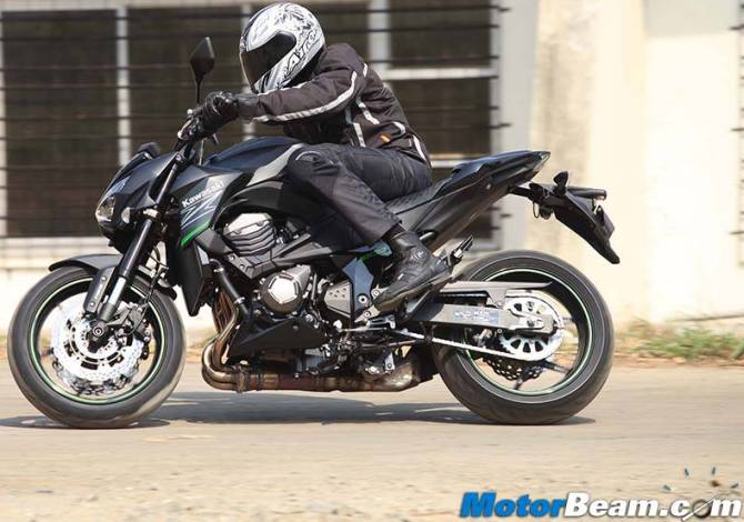 Kawasaki Z800: Fast, fun and rides beautifully