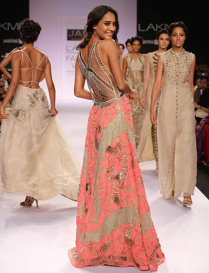 Lisa Haydon in a Monica and Karishma creation