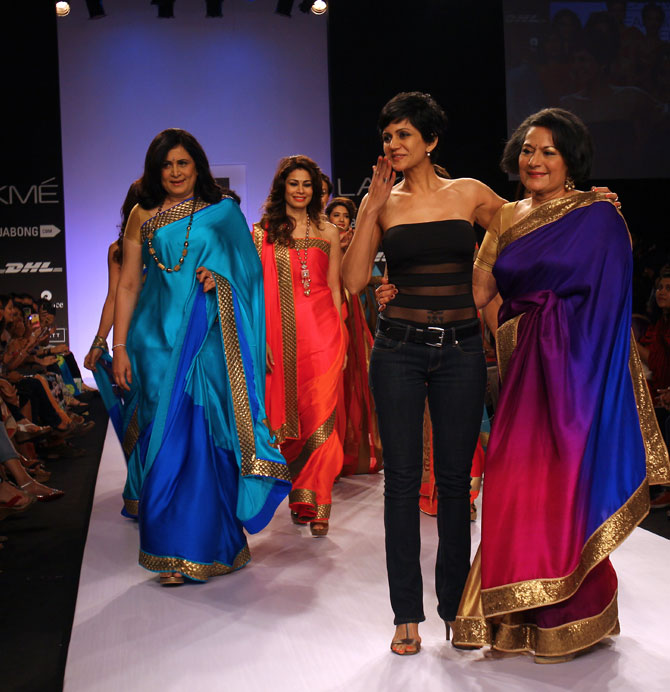 Fashion designer Mandira Bedi with her models who showcased her creations