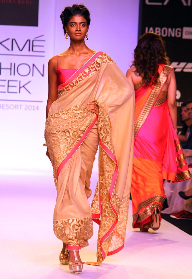 A model showcases Mandira Bedi design