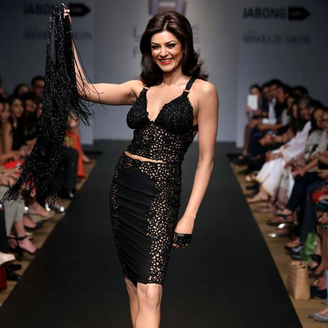 Sushmita Sen in a Kresha Bajaj creation