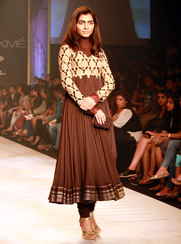 A model in a Shantanu-Nikhil creation