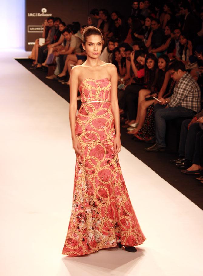 A model in a Jyotsna Tiwari creation