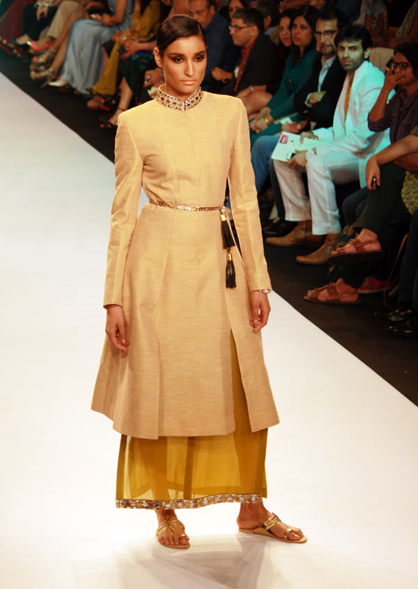 A model in a Neeta Lulla creation