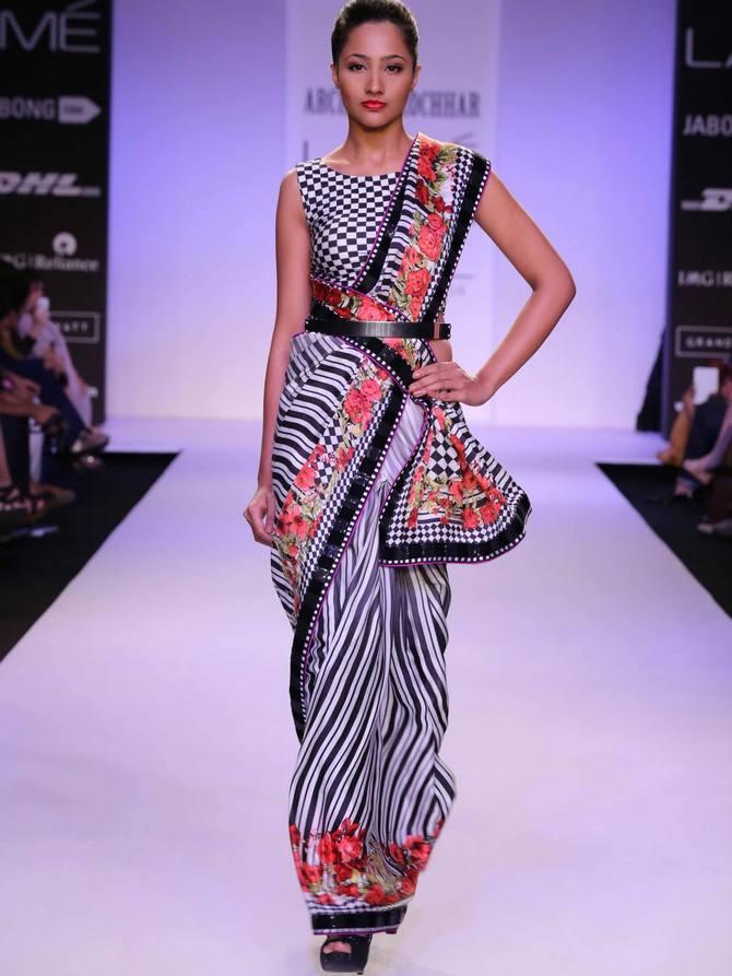 A model in an Archana Kochhar creation