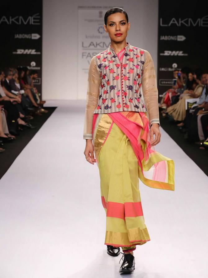 A model in a Krishna Mehta creation