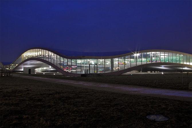 Ecole Polytechnique Federale de Lausanne, Switzerland