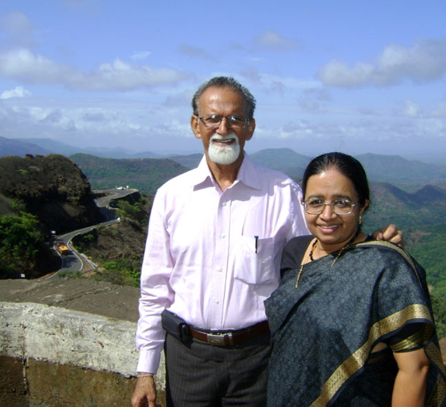 Dr RK Puri and his wife Vijaya
