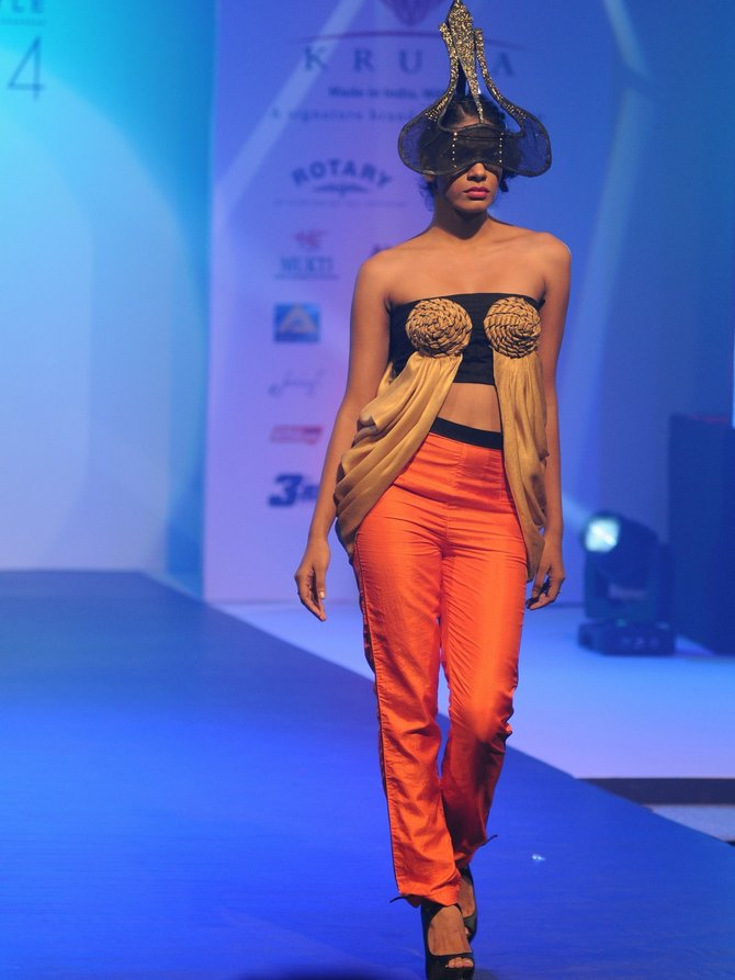 Sexy, stylish, daring designs set the runway on fire