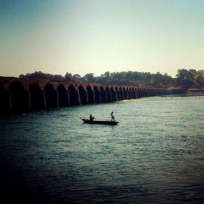 River Narmada flows through Khalghat, Madhya Pradesh