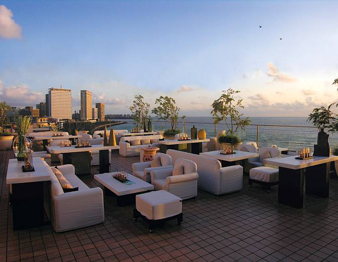 Top 4 sky bars in mumbai get ahead for Top design hotels india