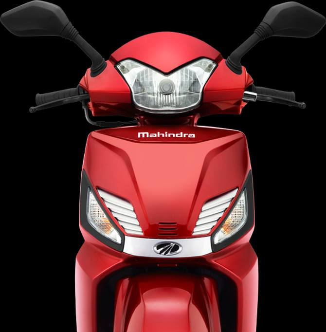 Here S Why Mahindra Gusto Is A Unique Bike Get Ahead