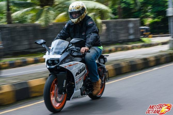 KTM RC390: A sportsbike that doesn't cost a bomb!