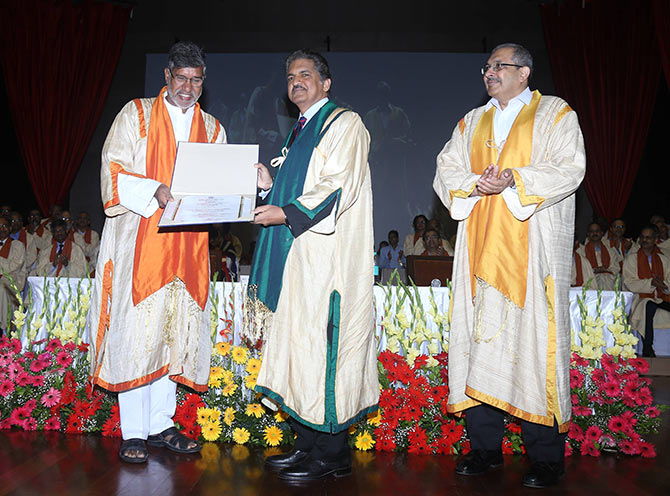 Latest News from India - Get Ahead - Careers, Health and Fitness, Personal Finance Headlines - Move from jugaad to jhakaas: Anand Mahindra at IIT-B