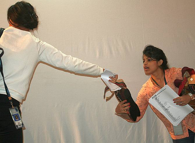 What really goes on backstage at fashion week? - Rediff