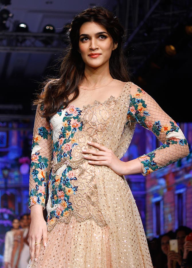Latest News from India - Get Ahead - Careers, Health and Fitness, Personal Finance Headlines - Kriti Sanon is a 'Run-Away Bride'