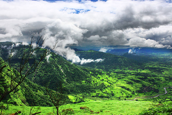 Latest News from India - Get Ahead - Careers, Health and Fitness, Personal Finance Headlines - Matheran: A walk through the clouds