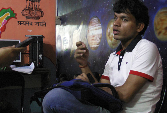 Latest News from India - Get Ahead - Careers, Health and Fitness, Personal Finance Headlines - This CA quit his job to teach slum kids