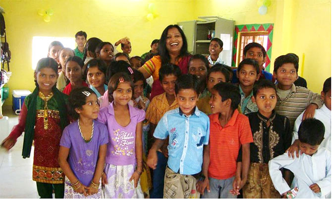 Jyoti Reddy with young kids