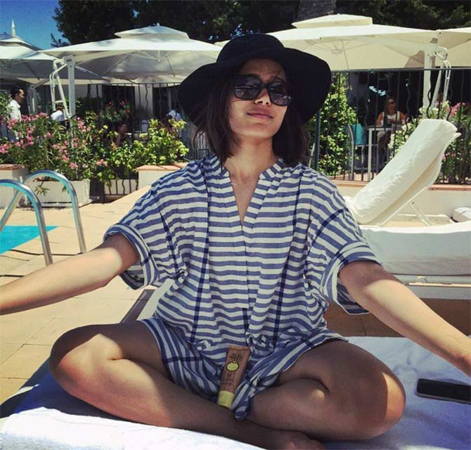10 beauties who'll give you beach goals - Rediff.com Get Ahead Freida Pinto Instagram