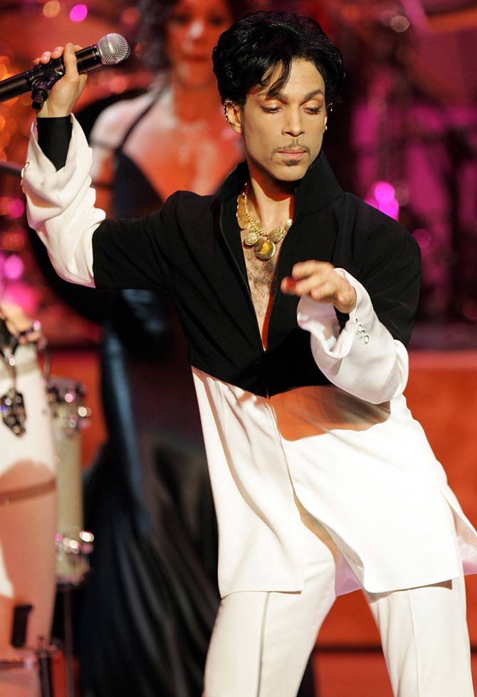 Prince died of accidental painkiller overdose, says medical examiner