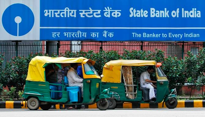 Latest News from India - Get Ahead - Careers, Health and Fitness, Personal Finance Headlines - Applying for job in SBI? Check your credit history