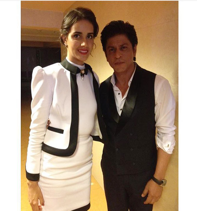 Bruna Bernandes with Shah Rukh Khan