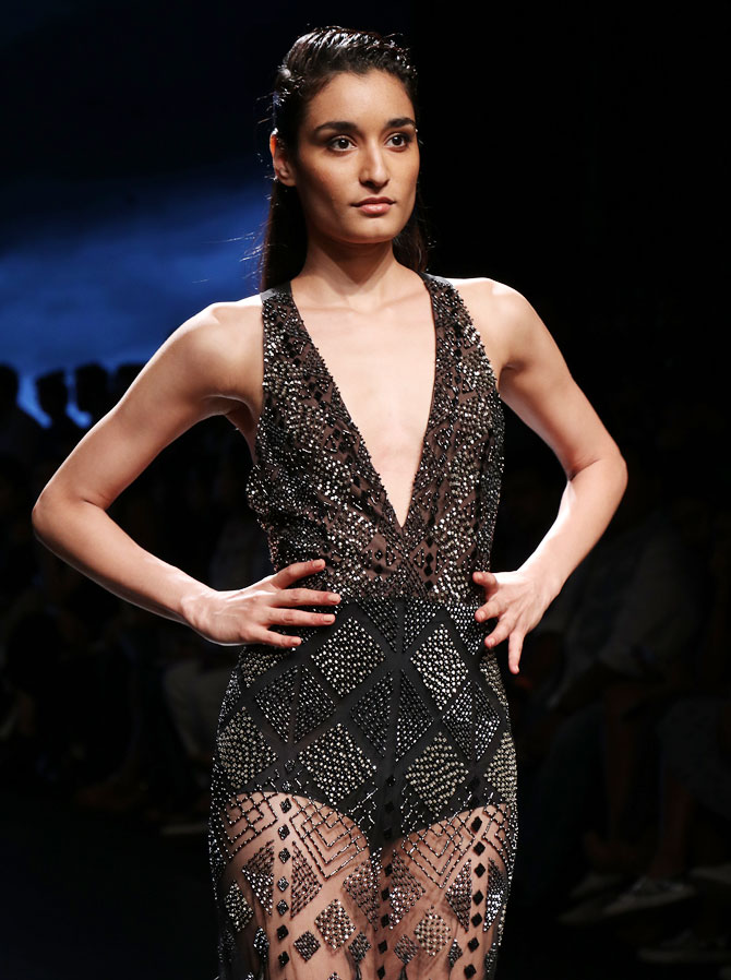 Latest News from India - Get Ahead - Careers, Health and Fitness, Personal Finance Headlines - #HotStyles: How to be ramp ready