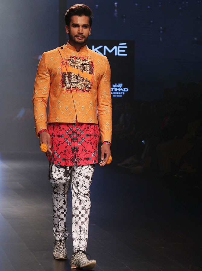 Latest News from India - Get Ahead - Careers, Health and Fitness, Personal Finance Headlines - Mr World Rohit Khandelwal debuts at LFW