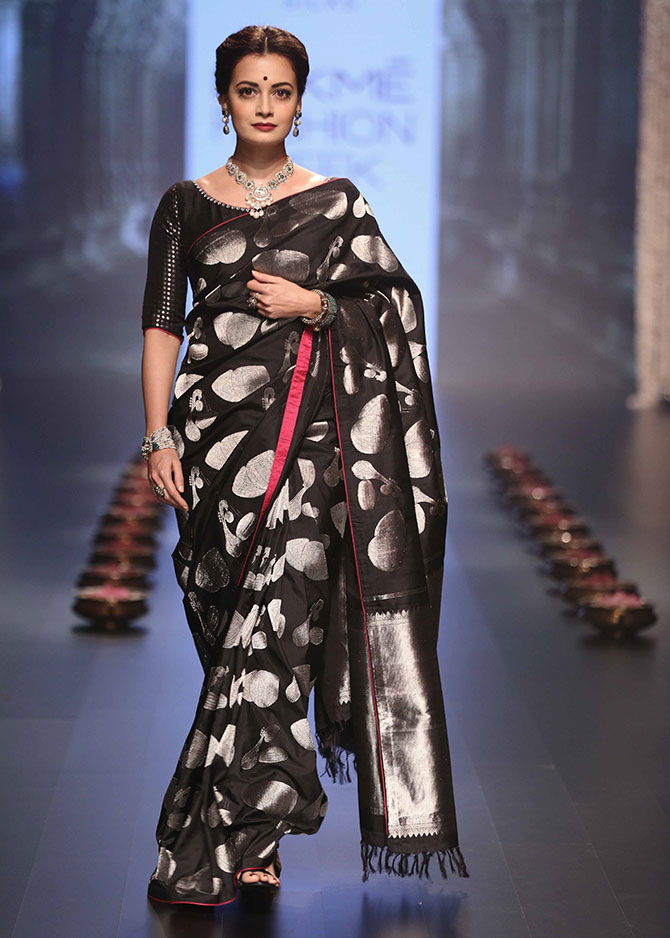 Latest News from India - Get Ahead - Careers, Health and Fitness, Personal Finance Headlines - Dia Mirza in a kanjivaram is the best thing you'll see today