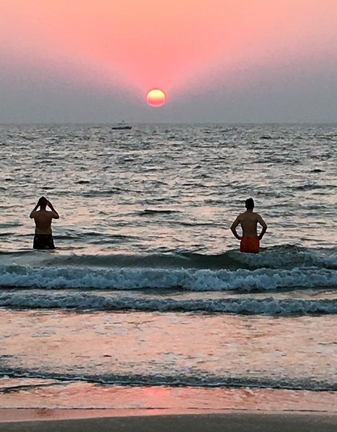 Latest News from India - Get Ahead - Careers, Health and Fitness, Personal Finance Headlines - 'Betalbatim: Best beach for relaxation'
