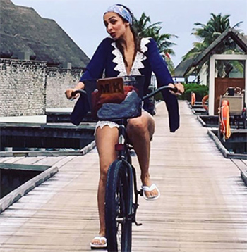 Latest News from India - Get Ahead - Careers, Health and Fitness, Personal Finance Headlines - Hot pics: How celebs holiday