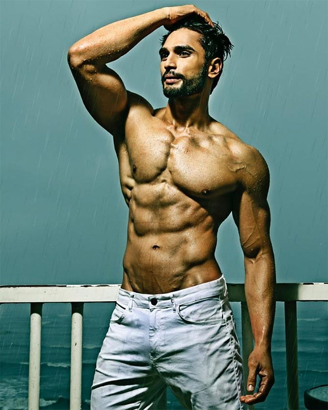 Finale Miss Univers 2018 >> Meet Rohit Khandelwal, the first Indian to win Mr World title - Rediff.com Get Ahead