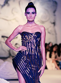 Latest News from India - Get Ahead - Careers, Health and Fitness, Personal Finance Headlines - 20 incredible moments from India Couture Week 2016