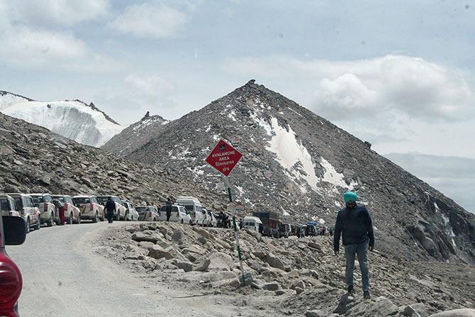Landslide traffic