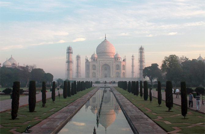 The beautiful Taj Mahal -- a vision in white in this early morning picture shared by Subrata Chatterjee.