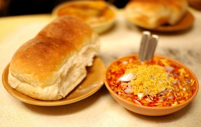 Latest News from India - Get Ahead - Careers, Health and Fitness, Personal Finance Headlines - Recipes: The best street foods in Mumbai