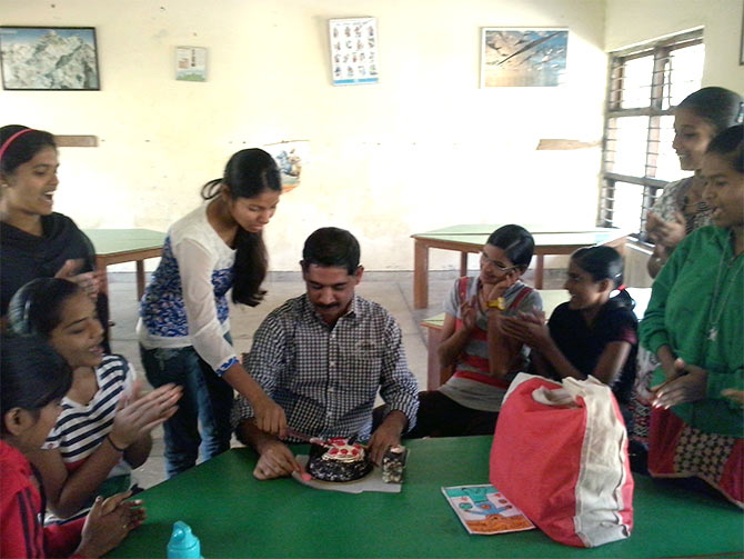 Latest News from India - Get Ahead - Careers, Health and Fitness, Personal Finance Headlines - Thoughtful gift: NGO children surprised me on my birthday