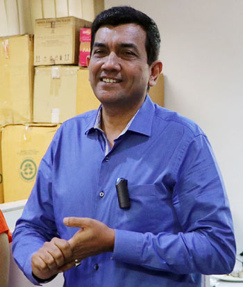 When chef Sanjeev Kapoor visited Rediff office
