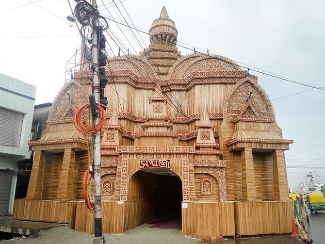 Durgapuja stunning creative pics you must see rediff get ahead image chayanika dutta das shared a picture of the durga idol installed at her house in chinsurah hooghly in west bengal thecheapjerseys Images