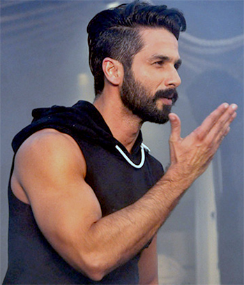 Latest News from India - Get Ahead - Careers, Health and Fitness, Personal Finance Headlines - Pix: Shahid's passion for athleisure