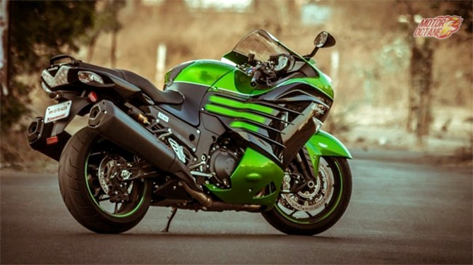 Kawasaki Ninja ZX-14R 2016 Review