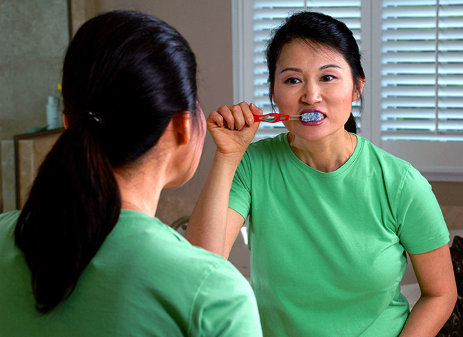 Your toothpaste can help fight lung disease